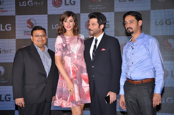 L-R Dinesh Prasad, Head-Devices, Qualcomm India and South Asia, Nargis F...