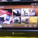 Landscape mode in Goose White Xperia Z Charging Dock