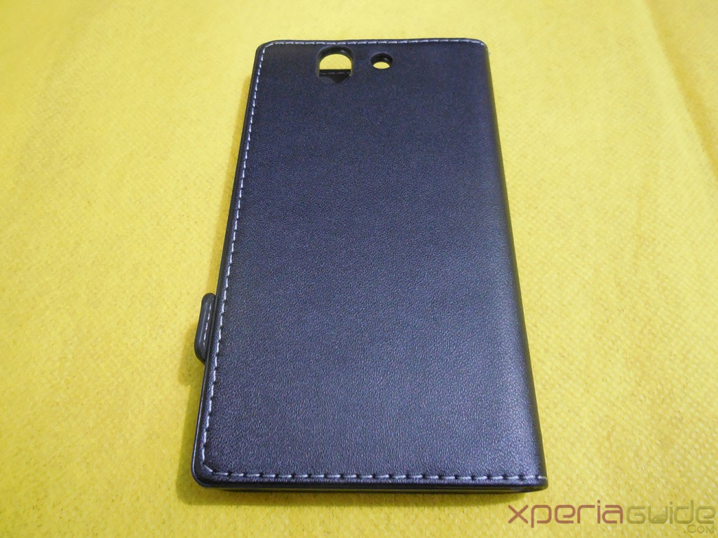 Xperia Z flip Case by Roxfit Back Side