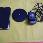 Muvit Sony Xperia Z wireless charging pack contents