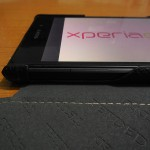 Velvet surface inside camera opening in Xperia Z1 Hard-shell flip Leather Case from TETDED Review