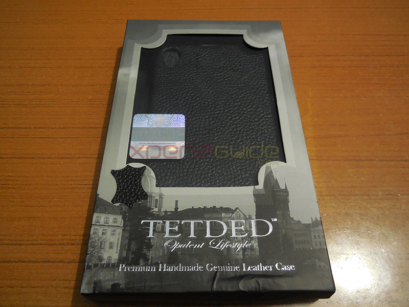 Front cover of Xperia Z1 hard-shell back case framed with Leather from TETDED
