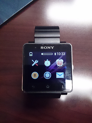 Alarm icon of SmartWatch 2 1.0.B.3.46/1.0.A.3.8 firmware update