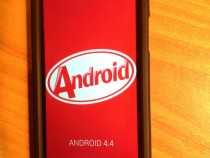 Xperia S Unofficial CyanogenMod 11 Android 4.4 KitKat from HoloUI Team - Home Screen