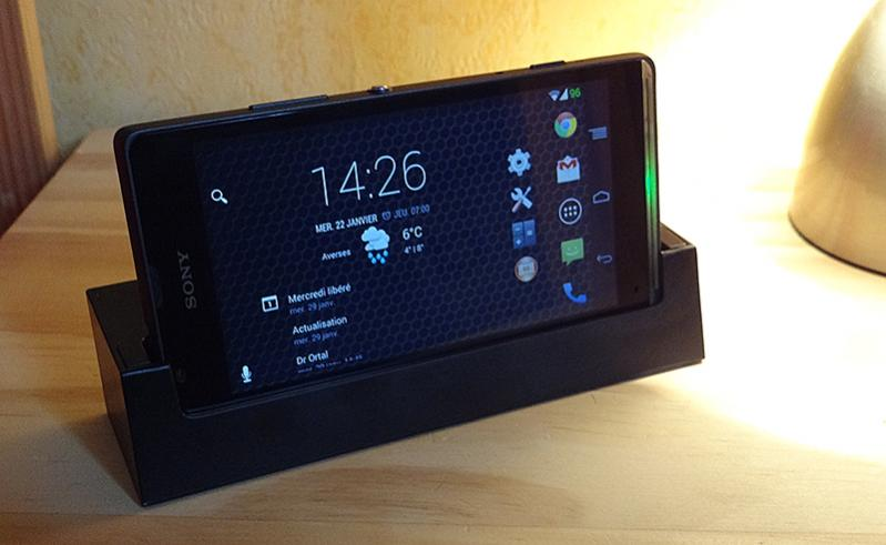 Xperia SP with USB Dock