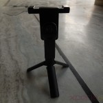 Back profile of Sony Smartphone Tripod SPA-MK20M - Screwing holder on tripod