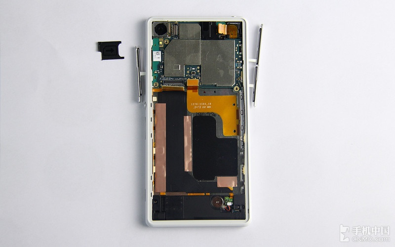Xperia Z2 all ports removed