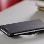Xperia Z2 Wireless Charging Cover WCR12, Charging Plate WCH10 launched