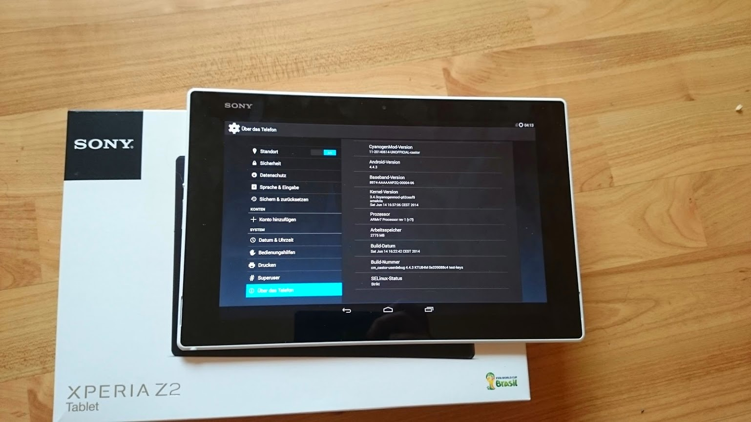 Xperia Z2 Tablet Android 4.4.3 CyanogenMod 11