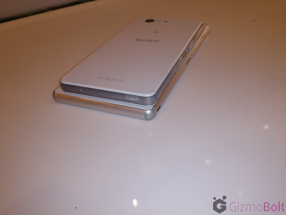 Xperia Z3 rear side hands on
