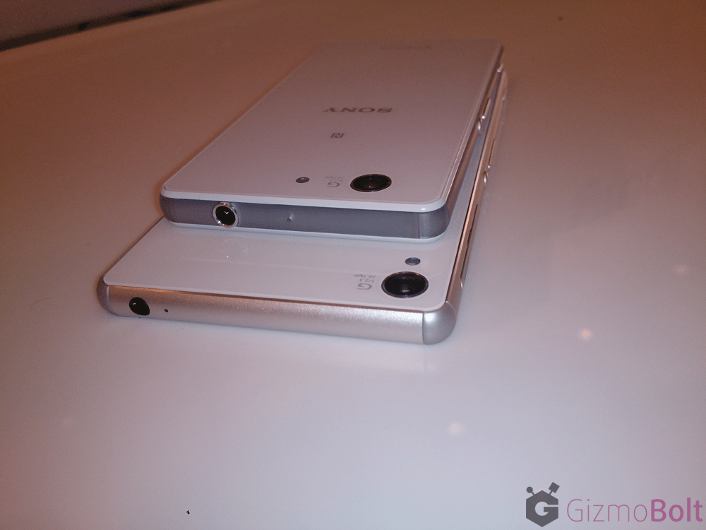 3.5 mm headphone port location Xperia Z3 vs Z3 Compact