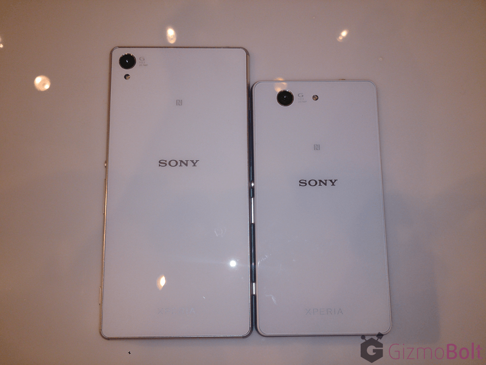 Xperia Z3 vs Z3 Compact White Color difference