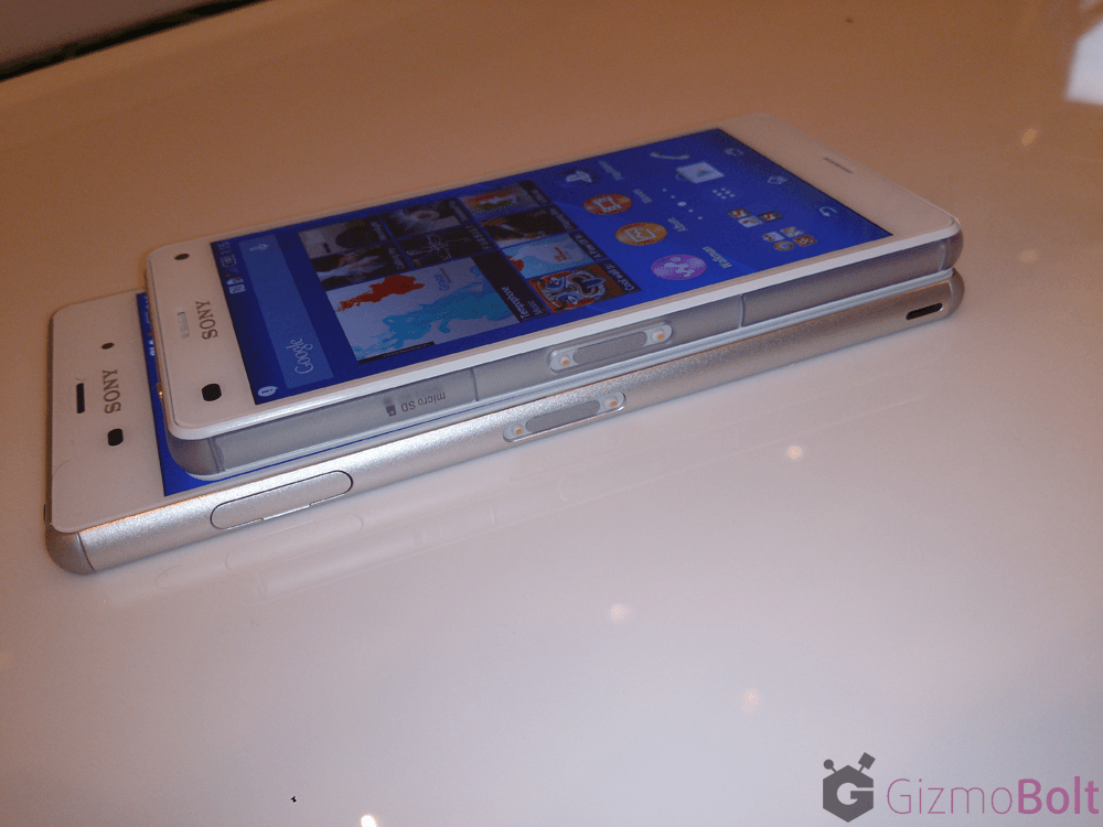 White Xperia Z3 thickness 7.3 mm