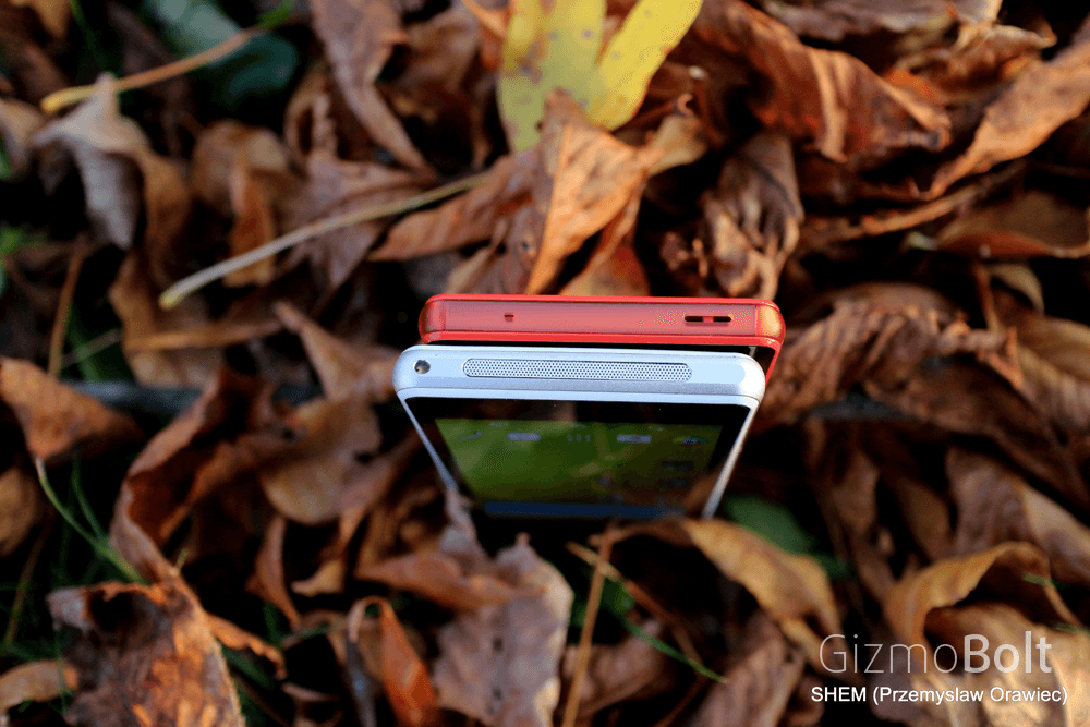 Red Xperia Z3 Compact vs White Z1 Compact