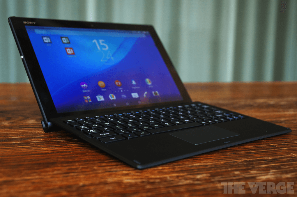 Sony BKB50 Bluetooth keyboard with Xperia Z4 Tablet