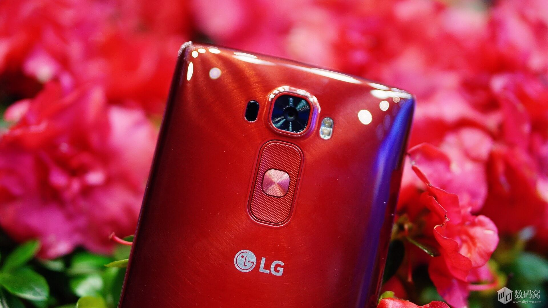 Red LG G Flex2 Review