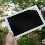 Xperia Z4 Tablet hands on pics of the retail unit