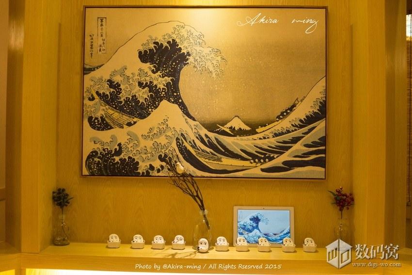White Xperia Z4 Tablet Pics