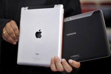 Apple vs Samsung War