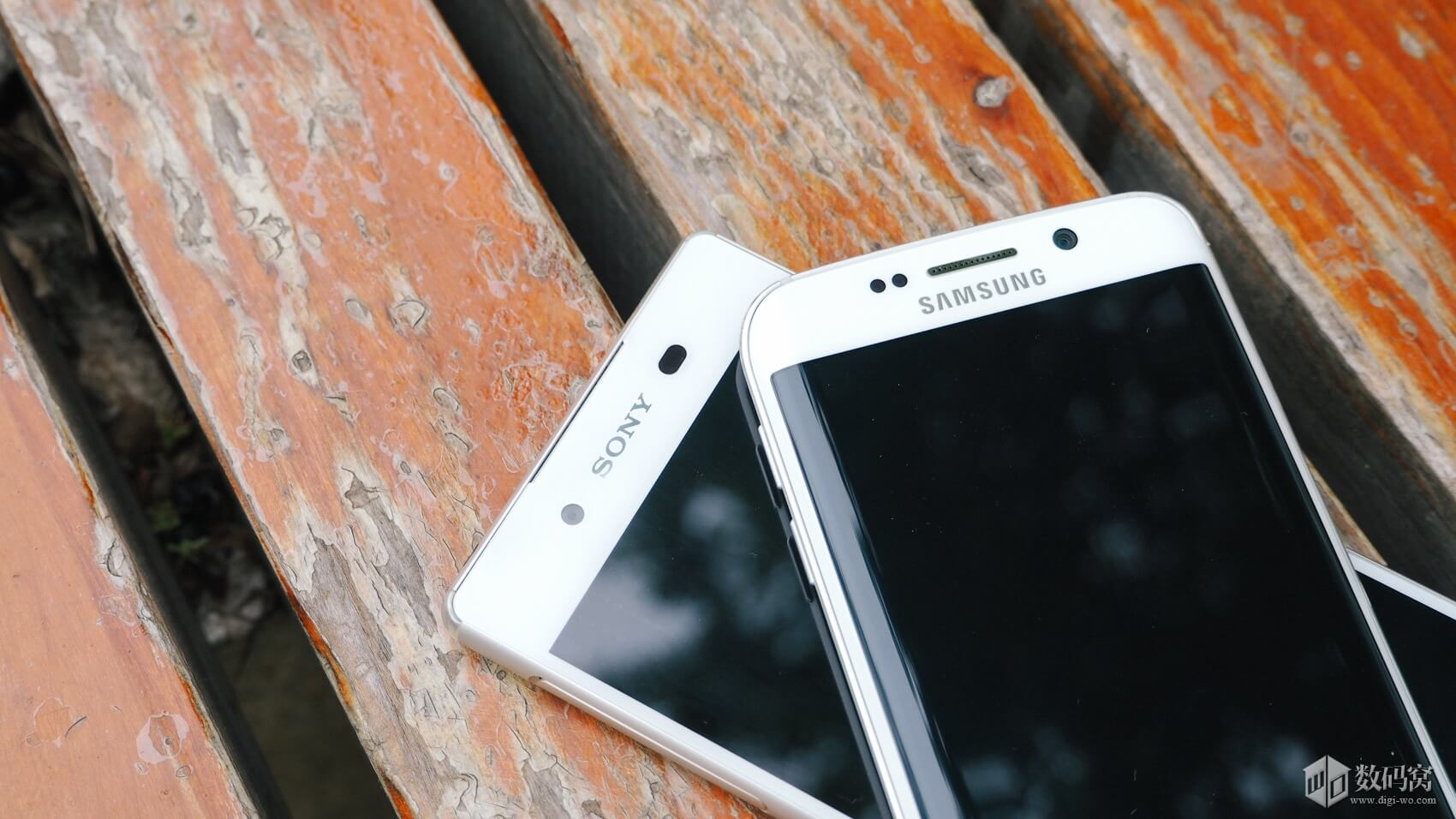 Xperia Z3+ vs Galaxy S6 Edge Comparison