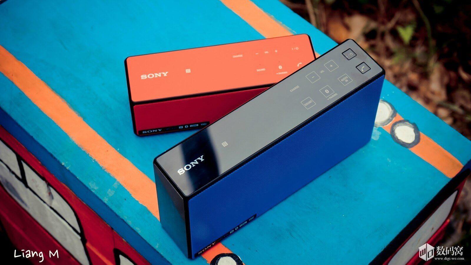 Sony SRS-X55 Bluetooth Speaker hands on