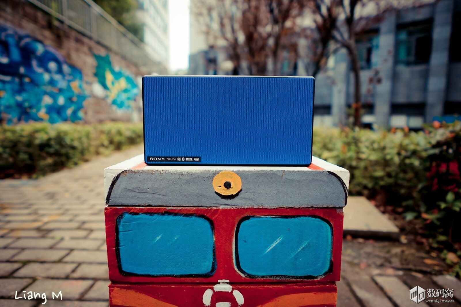Sony SRS-X55 Bluetooth Speaker hands on pics