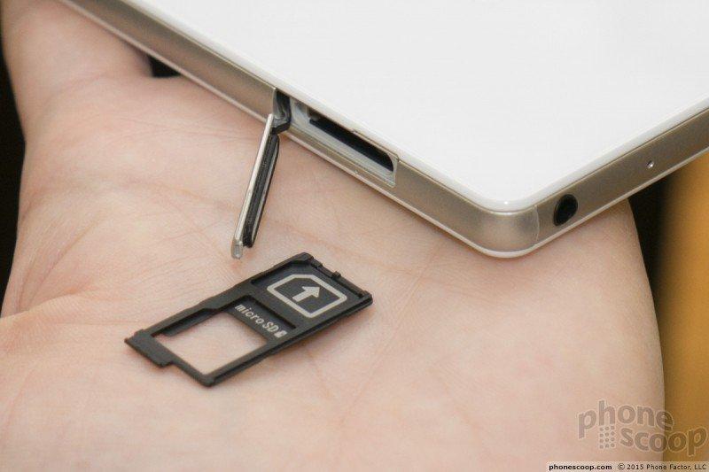 Xperia Z4v NANO SIM card slot
