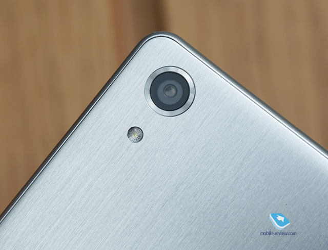 Xperia X Performance 23 MP Rear Camera with fast shutter speed