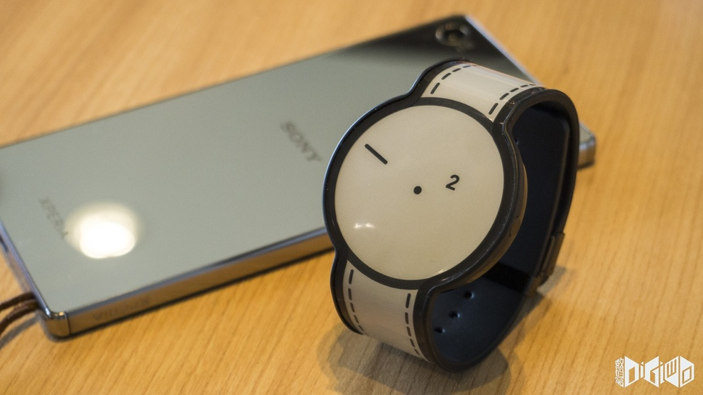 Sony Fashion Entertainments E-ink watch