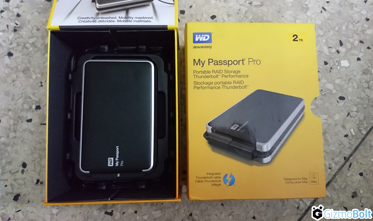 Western Digital My Passport Pro Package Contents
