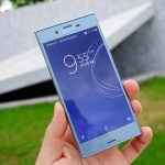 Sony Xperia XZs Unboxing Hands on Pics – Ice Blue and Black Color Featured